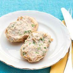 Egy finom Majonézes tonhalkrém ebédre vagy vacsorára? Majonézes tonhalkrém Receptek a Mindmegette.hu Recept gyűjteményében!