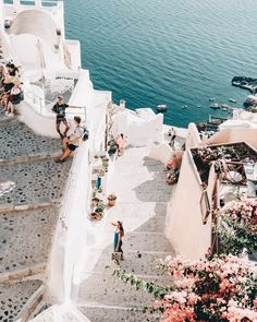 Places to visit Santorini, Greece. Things to see on your vacation trip to Santorini. Places To Travel, Places To See, Travel Destinations, Europe Places, Adventure Awaits, Adventure Travel, Greece Travel, Travel Europe, Usa Travel