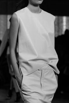 — Helmut Lang ... Love dresses and skirts with pockets!