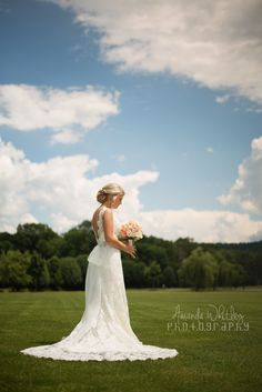 Wedding Bridal Photography Poses Brides in the South