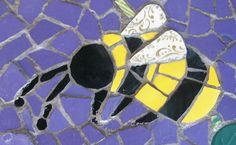 Mosaic bee. Detail from Día de Los Muertos mosaic clock by Michelle Legler, Mosaic Queen on Typepad.