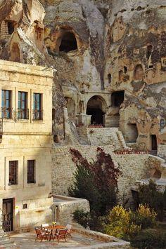 Ynak Evleri. Un hotel en una cueva...