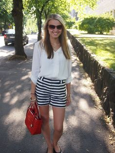 Outfit with striped shorts.