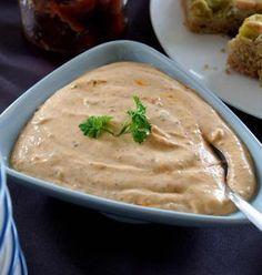 Dattel-Alvar-Creme aufs Brot, zu Fleisch oder zum Dippen - Rezept mit und ohne Thermomix