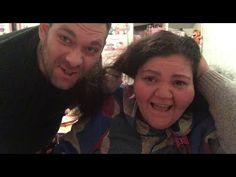 DAVIDE MI FA LA TINTA AI CAPELLI!!!!! vlogmas 3 dicembre 2017