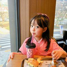 Cute Asian Babies, Korean Babies, Asian Kids, Cute Asian Girls, Cute Babies, Cute Baby Meme, Cute Baby Girl, Ulzzang Kids, Ulzzang Korean Girl