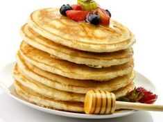 Clatite americane Oatmeal Pancakes, Pancakes And Waffles, No Dairy Recipes, Bon Appetit, Good Food, Brunch, Food And Drink, Sweets, Breakfast