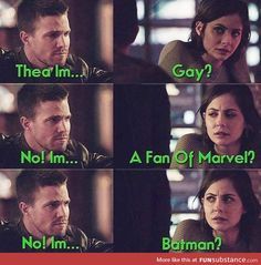 No that's bruce from gotham Funny Marvel Memes, Dc Memes, Stupid Funny Memes, Funny Relatable Memes, Hilarious, Memes Arrow, Arrow Funny, The Flash, Arrow Flash