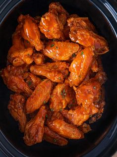 Apr 2020 - Slow Cooker Buffalo Wings are the perfect appetizer for game days, potlucks or the holidays, your guests will love how easy this recipe is with just 4 ingredients. Easy Crockpot Chicken, Chicken Wing Recipes, Slow Cooker Chicken, Slow Cooker Recipes, Crockpot Recipes, Cooking Recipes, Hot Wings Recipe Slow Cooker, Buffalo Wings Recipe Crockpot, Lemon Pepper Wings