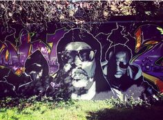 #bruxelles #evere #brussels #art #photooftheday #photourbaine #photo #photoday #iphone6 #instalike #instagraffiti #instagraff #graffiti #graff #graffart #rayondesoleil #artist #belgium #mur #streetart #streetstyle #streetphotography #instagram