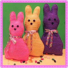 365 Crochet: Easter Pillow Doll -free crochet pattern-