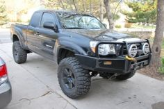 2007 Toyota Tacoma TRD by RTR http://www.truckbuilds.net/2007-toyota-tacoma-trd-build-by-rtr