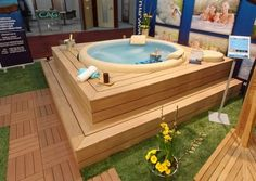 Great Tips For Landscaping Around A Hot Tub – Pool Landscape Ideas Hot Tub Patio, Hot Tub Gazebo, Hot Tub Garden, Lazy Spa, Deco Spa, Whirlpool Deck, Piscina Spa, Hot Tub Surround, Hot Tub Room