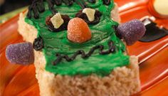 Green Halloween Monster Treats™  #Kellogg's® Rice Krispies® Halloween board