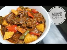 This is my version of Beef Mechado. It is a delicious beef stew cooked in tomato sauce, perfect to be eaten with steamed r. Pork Recipes, Asian Recipes, Cooking Recipes, Filipino Recipes, Ethnic Recipes, Filipino Dishes, Filipino Food, Recipies, Chicken Pork Recipe