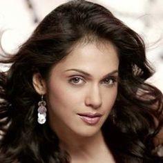 News ! Family Relations, Bollywood Actress, Biography, Husband, Actresses, Celebrities, January 28, Maturity, Indian