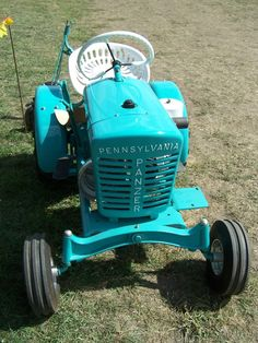 Panzer Lawn Tractor Photo: Jacksonville, Ill-Tractor and Steam Show-Sept, This Photo was uploaded by Yard Tractors, Lawn Mower Tractor, Small Tractors, Compact Tractors, Antique Tractors, Vintage Tractors, Garden Tractor Pulling, Tractor Photos, Grass Cutter