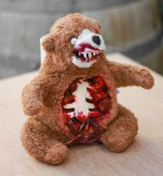 DIY Halloween Terror Teddy from a regular cute old teddy bear - Tutorial