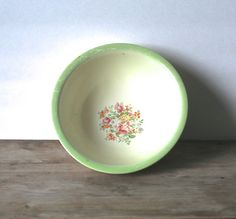 Homer Laughlin Oven Serve Mixing Bowl Lime Green Rim by ivorybird, $14.00