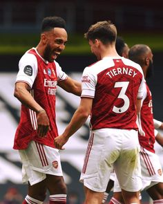 Arsenal Soccer, Arsenal Fc, Watford Fc, Pierre Emerick, David Price, Premier League Matches, Professional Football, London Photos, Design Quotes