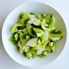 Kiwi, pære og skyr