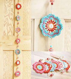 Maisy au crochet bunting. Guirlande de fleurs au crochet magnifique. À la main décor maison / party. Mariage, chambre, décoration de la pépinière. 4 options de couleurs