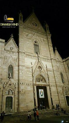 Night esxcursion... Escursione serale.. #dinneround #excursion #napoli #naples #instamoment #insta #instagood #instago #like4like #likeforlike #night #dome #church #viaje #escursione #neapel