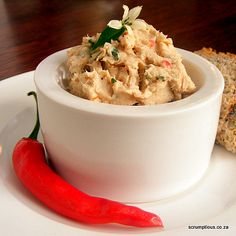 Chilli Snoek Pâté: a taste of Hout Bay in the Cape. Served with melba toast - what bliss! Fish Dishes, Seafood Dishes, Seafood Recipes, Appetizer Recipes, Appetizers, South African Dishes, South African Recipes, Ethnic Recipes, Pate Recipes
