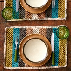 Free Knitting Pattern Retro Stripes Placemat - This beginner pattern features an easy diagonal lace texture counterpoint to the colorful stripes.