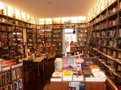 ❏ Livraria Centesima Pagina Braga, Portugal