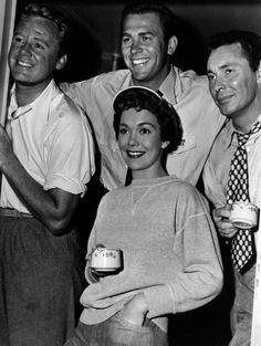 """All four of these are favorites of mine and star together in the 1951 film """"Three Guys Named Mike"""": Van Johnson, Howard Keel, Barry Sullivan, and Jane Wyman. Hollywood Actor, Golden Age Of Hollywood, Vintage Hollywood, Hollywood Stars, Classic Hollywood, Hollywood Glamour, Classic Movie Stars, Classic Movies, Howard Keel"""