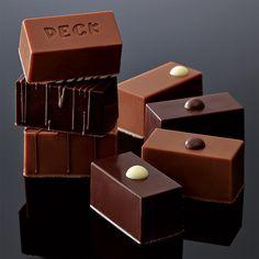 〈ペック〉本店の職人が、ミラノのペックチョコレート工房からお届け。【バレンタインデー届け専用】チョコラティーニ詰合せ(9個入)
