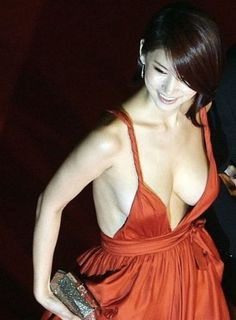 oh in hye 23 The Red Dress Found: Oh In Hye (31 Photos)