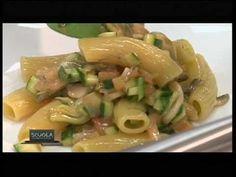 La Scuola - Cucina di classe 1 - Pasta secca risottata con verdure - Chef Igles Corelli - YouTube