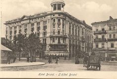 Vintage Architecture, Warsaw Poland, Old Photographs, Beautiful Buildings, Bristol, Teak, Louvre, Old Things, Street View
