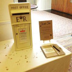 One of the Ivory postboxes at the Derbyshire hotel today. #spiritshighdj #postboxformywedding #lvorypostbox #weddingpostbox
