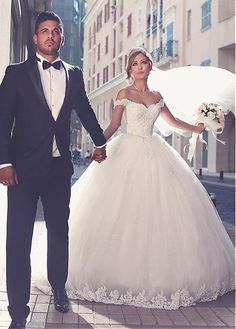 ba98dc7c3ff  210.50  Glamorous Tulle Off-the-shoulder Neckline Ball Gown Wedding Dress  With Lace Appliques