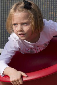 """Lily_modele_enfant  sous """"copyright"""""""