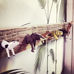 Toy animal wall hooks  - this is a definite must.  I'm going to make one ... for my dish towels.  YAY!!!