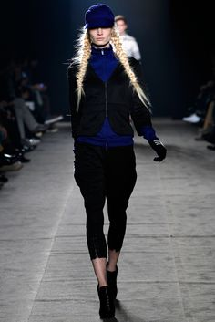 Y-3 Fall 2011 Ready-to-Wear Collection Slideshow on Style.com