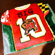 After 14 grueling hours. An all-edible Big Ten cake for the University of Maryland's Football team! This was such an honor to make, and congrats on moving up to the Big Ten! GO TERPS! Grad Parties, Birthday Parties, University Of Maryland, Cake Decorating, Treats, Baking, Spoon, Party, Desserts