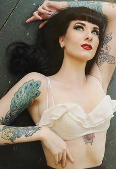 Gorgeous Rockabilly Hair and Makeup! :: Rockabilly Style:: Bettie Page Inspired Hair:: Let's Get Retro! :: Retro Bangs:: Pin Up Hairstyles