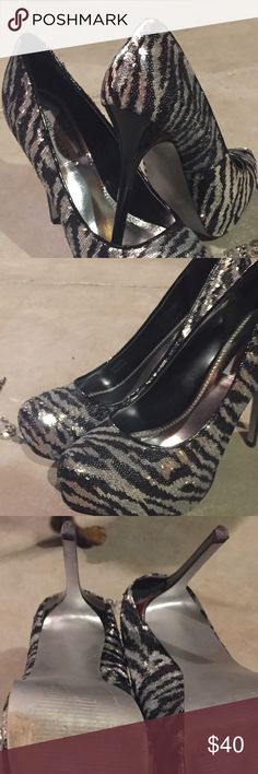 Gorgeous Shoes Zebra print shoes in great condition! Only worn once to homecoming ! Steve Madden Shoes Heels
