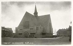Julianakerk op de Rijnlaan. Was een protestantse kerk en is inmiddels al weer afgebroken.