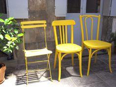 jolies chaises jaune!