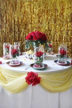 Une magnifique décoration de table La Belle et La Bête pour les plus grands fans ! | #6