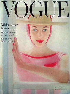 New Fashion Magazine Cover Ideas Vintage Vogue Ideas Vogue Vintage, Vintage Vogue Covers, Vintage Fashion, Trendy Fashion, Vintage Style, Retro Vintage, High Fashion, Vogue Magazine Covers, Fashion Magazine Cover