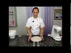 Passo a passo massa de pão de ló de chocolate - YouTube