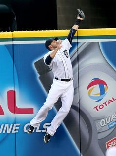 The Detroit Tigers J.D. Martinez catches a fly ball