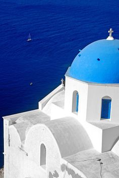 Oia, Santorini Greece, this is one of the most beautiful places on each.